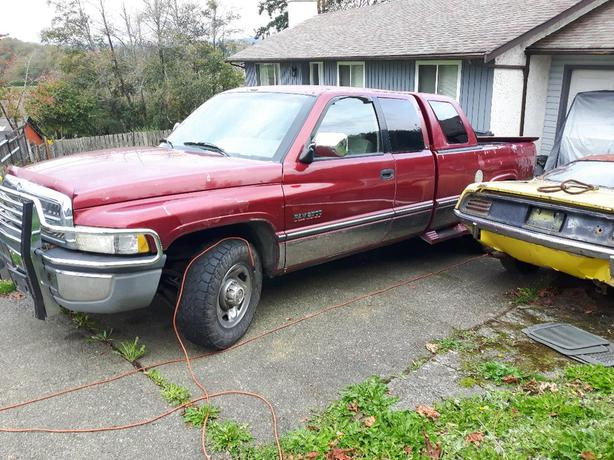 1996 2wd 12V Dodge Cummins Diesel w.only 227k