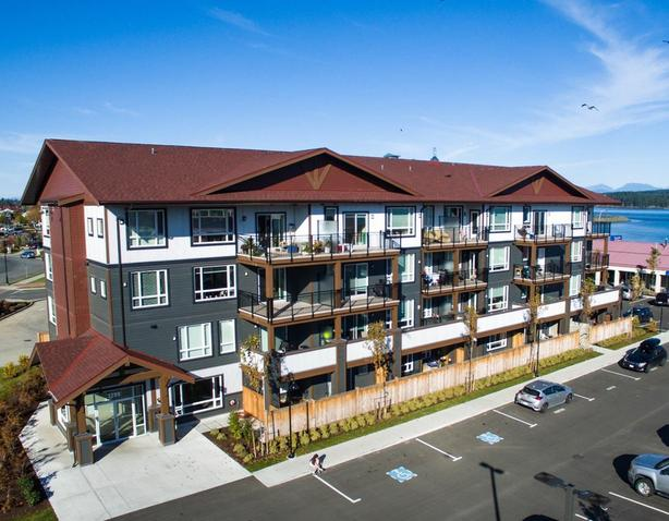 Downtown Campbell River, ocean front, 1 bdm, 2nd floor, February 1st