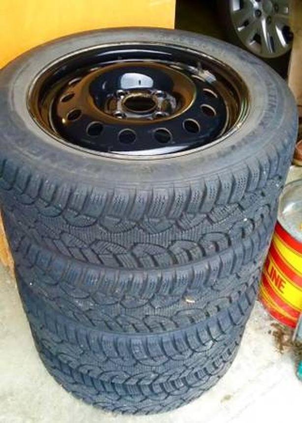 "4 General ""Altimax"" Arctic Mud & Snow Winter Tires WITH Rims"