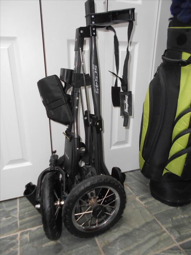 Nice premium golf set .