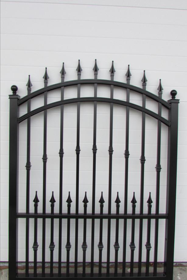GARDEN GATES ARE BACK INSTOCK