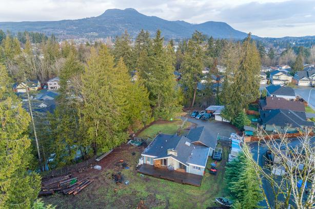 Subdivision Opportunity in Duncan!