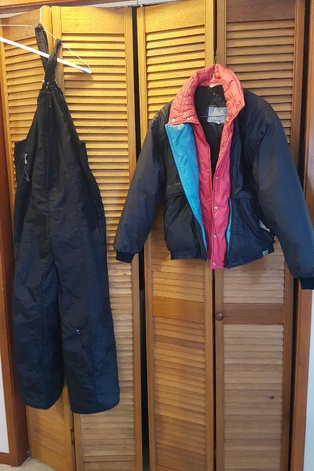 Ladies snow suit