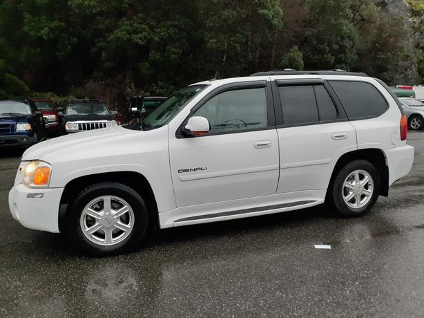2005 ENVOY DENALI 4X4 ABSOLUTELY MINT CONDITION