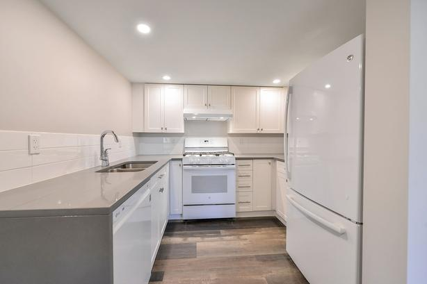 Water view 2 bed suite short walk to UVic - avail. Feb 1 or Mar 1