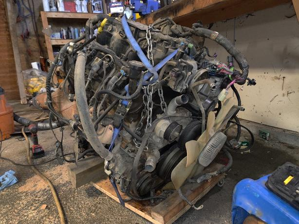 GM LQ4 6.0L Engine