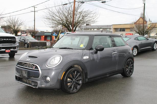 Used 2018 MINI Cooper S Base Hatchback