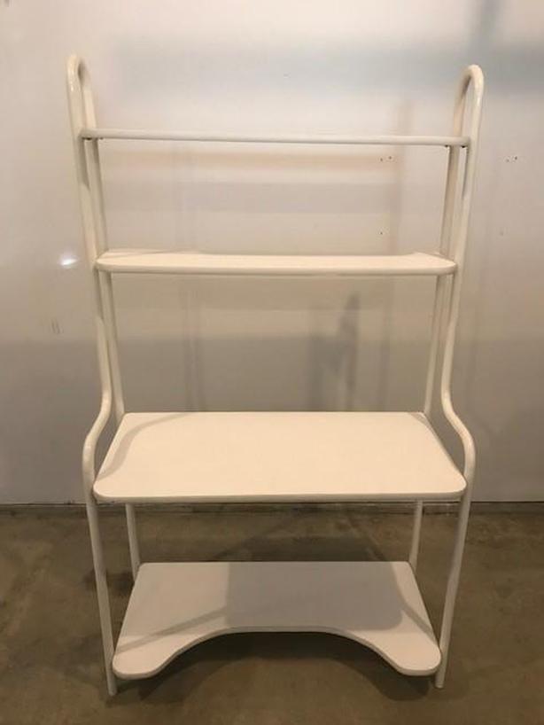 Desk/Shelving Unit