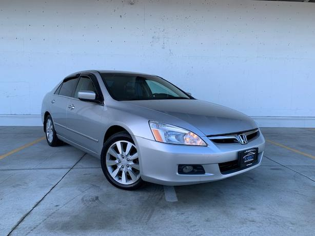 2006 Honda Accord EX-L  V6, Leather, Sunroof, Heated Seats