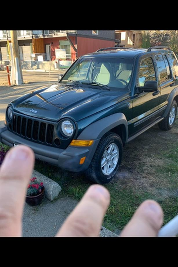 05 jeep liberty priced to sell 199000