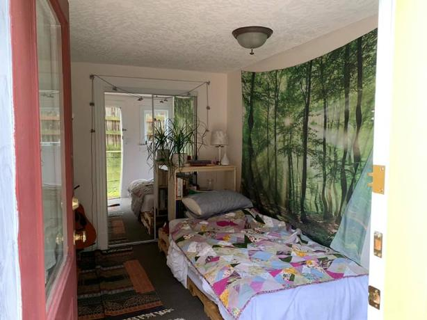 1 Bedroom in Heritage Home in Fernwood