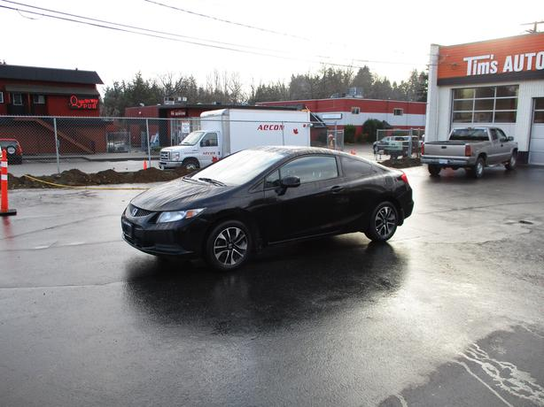 2013 HONDA CIVIC COUPE 4 CYLINDER WITH 134,000 KMS