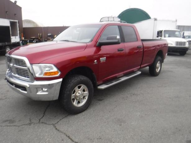 2012 RAM 3500 SLT Crew Cab 8 foot box 4WD Cummins Diesel