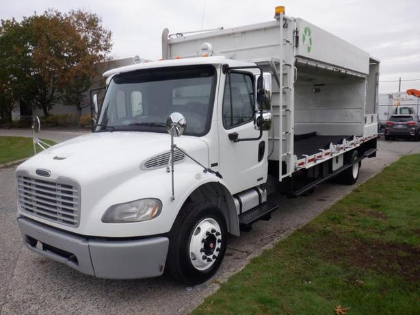 2008 Freightliner M2 106 20.5 Foot Flat Deck Diesel with Air Brakes