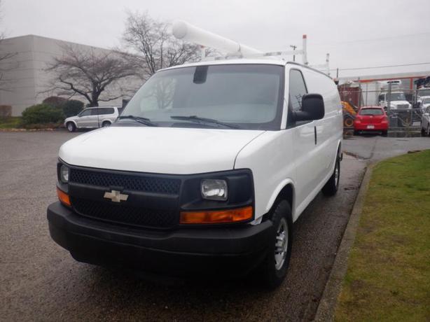 2008 Chevrolet Express 2500 Cargo Van With Roof Rack