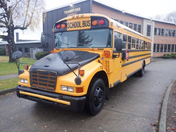 2006 Blue Bird Vision 48 Passenger Diesel School Bus With Hydraulic Brakes