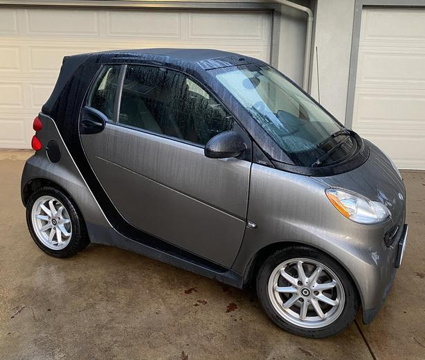 2010 Convertible Smart ForTwo Passion (Single Owner, No Accidents)