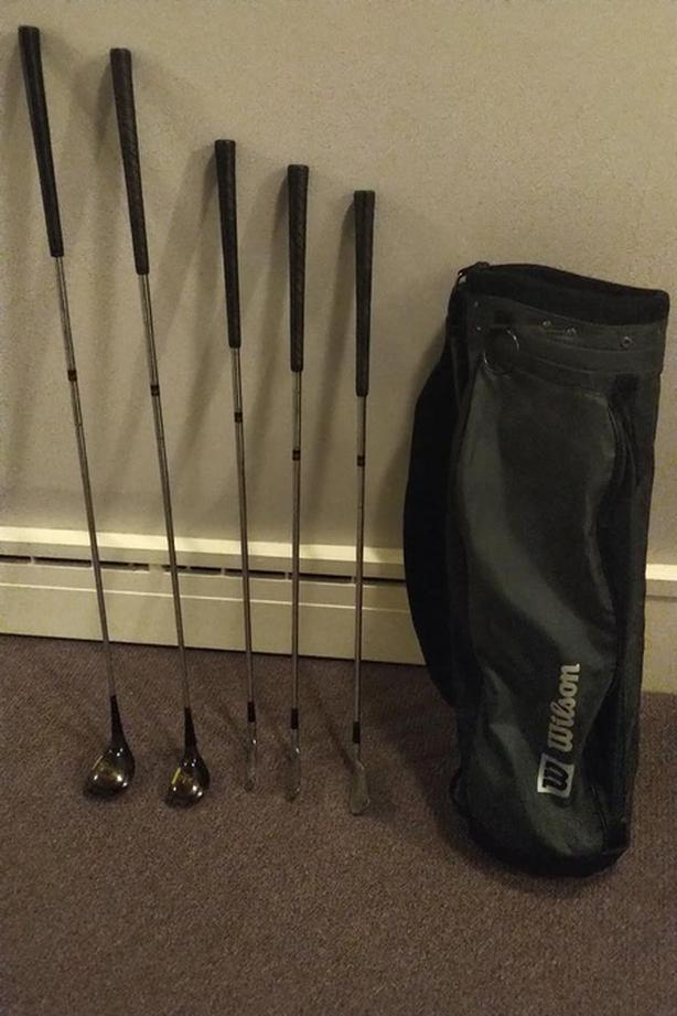 PARTIAL SET OF JC SNEAD CLASSIC WILSON GOLF CLUBS (Left Handed) + GOLF BAG