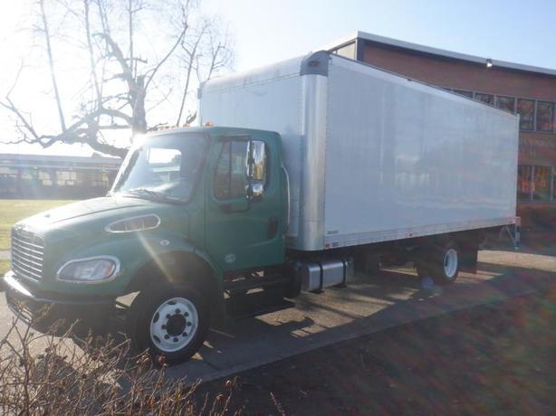 2016 Freightliner M2 106 Cube Van 22 foot  Cummins Diesel Power Tailgate With Hy