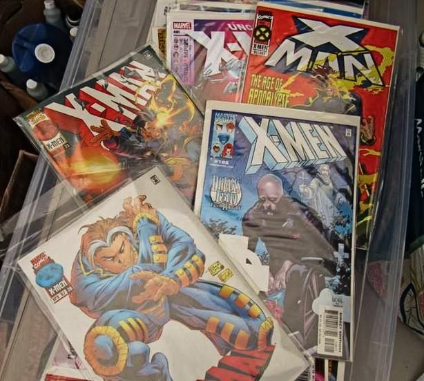 LARGE LOT OF COMIC BOOKS IN BAGS & BOARDS WITH LIST AT STEPTOE