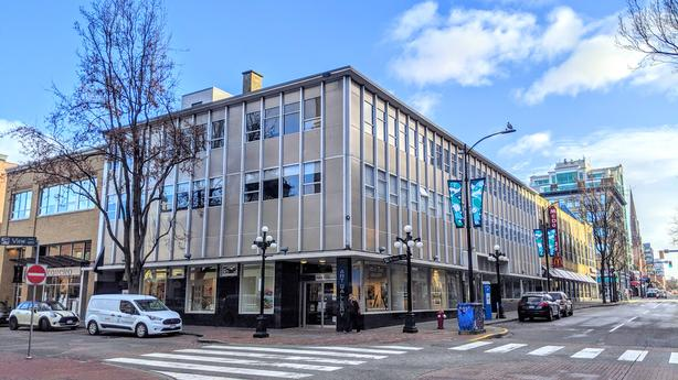 650 View Street, Unit 102 & 103 - Retail/Office Space at Centre of Downtown Core