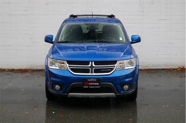 2015 DODGE JOURNEY SXT 3.6L V6, FWD, Automatic - LOCAL BC SUV!