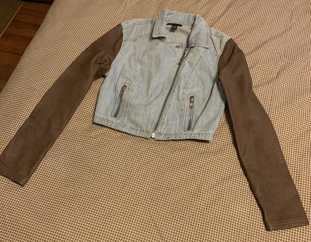 New Cute Denim Bomber Jacket With Faux Leather Sleeves Size S/M