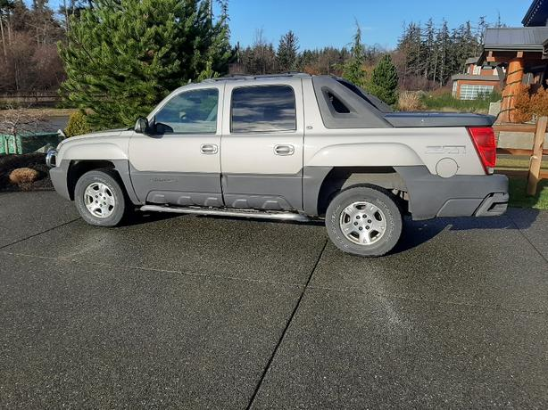 2006 Chevy Avalanche for sale