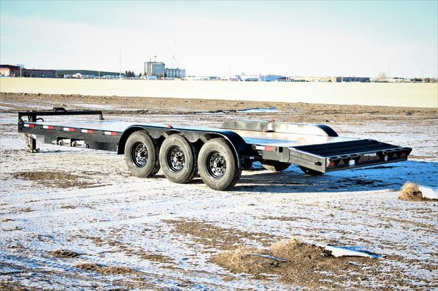 2021 22FT TRI AXLE EQUIPMENT
