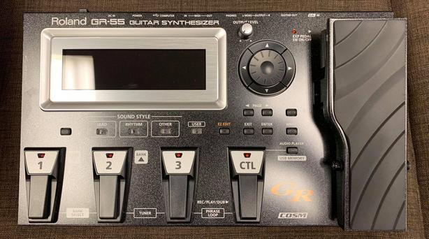 Roland GR-55GK-BK Guitar Synthesizer