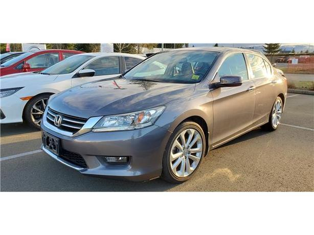 2015 Honda Accord Touring (CVT) 4dr Sedan