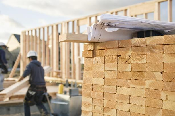 Commercial & Residential Carpenter