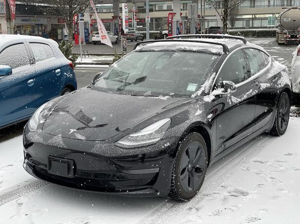 2019 Tesla Model 3 Local BC, 1 owner. High Trade Values, Low rates RWD