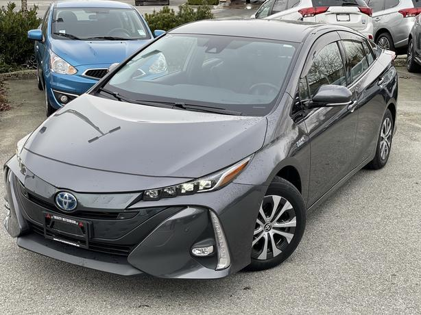 2020 Toyota Prius Prime Upgrade with Tech package - Head up display FWD