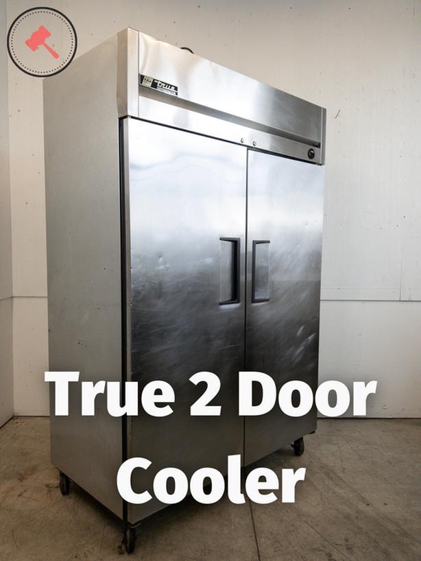 True 2 Door Cooler TM-52