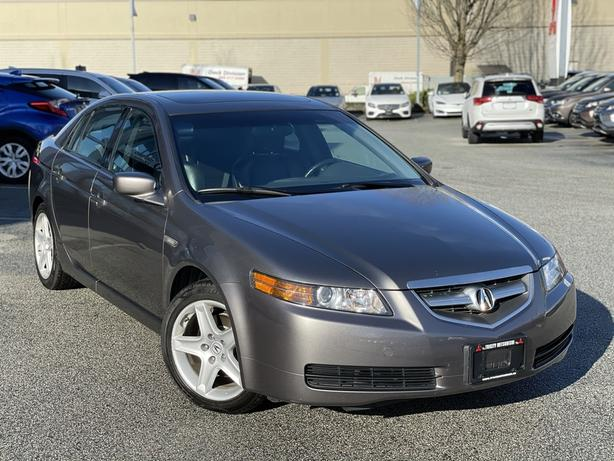 2006 Acura TL Clean. Full maintenance history FWD
