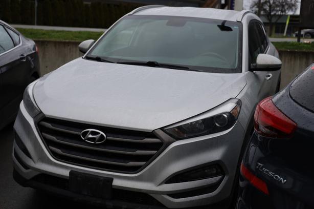 Pre-Owned 2020 Hyundai Tucson Preferred All Wheel Drive SUV