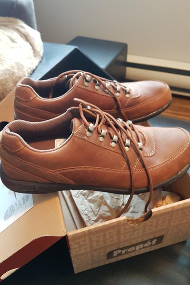 Propet' Mens shoes size 12