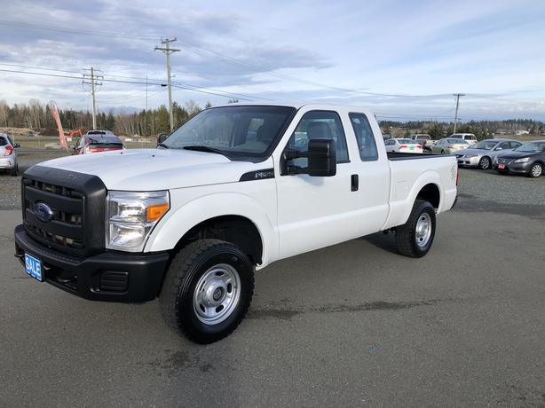 Work Ready 2014 Ford F-250 XL SuperCab ,4WD, 180,940 Kms  3/4Ton