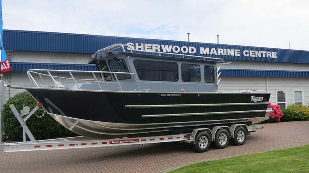 2021 Raider 280 Offshore