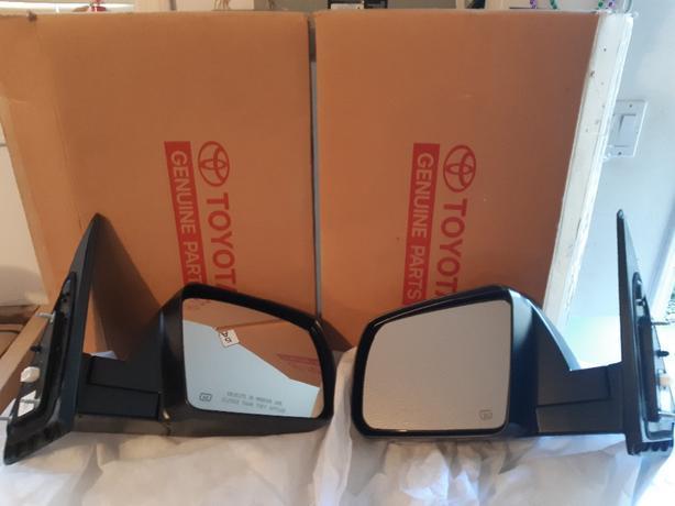 07-13 OEM Tundra mirrors NEW