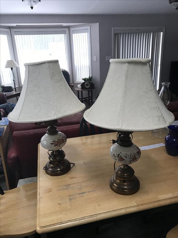 Set of 2 brass / porcelain lamps-N. Duncan