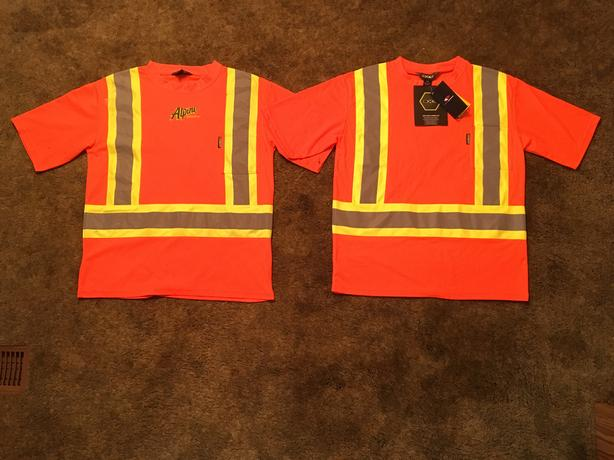 2x HIGH VISIBILITY TSHIRTS 15 dollars EACH