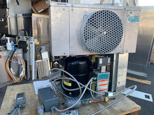 WALK IN FREEZER COMPRESSOR AND COIL