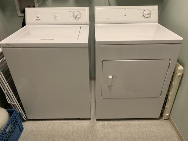 Frigidaire Washer / Dryer