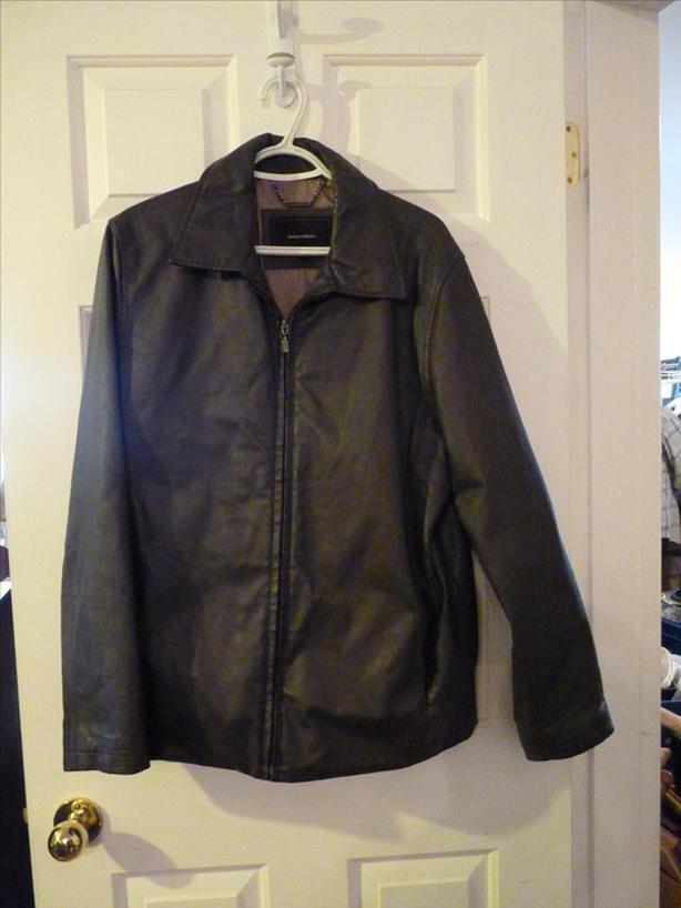 Isaac Mizrahi men's leather jacket
