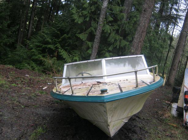 FREE: old boat hull