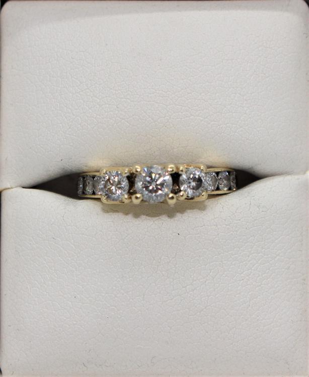 #168595-18 14K Yellow Gold Anniversary Style Diamond Ring