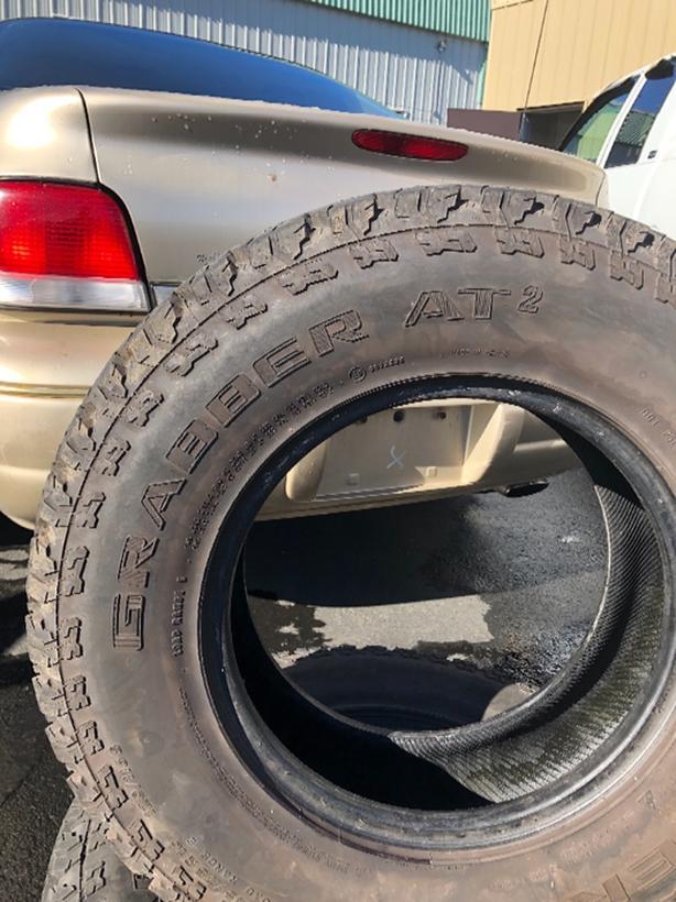 245 75 / 16 truck tires