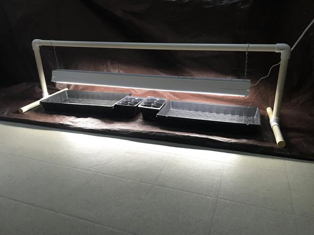GROW LIGHT SET-UP FOR SEEDLINGS - new condition.